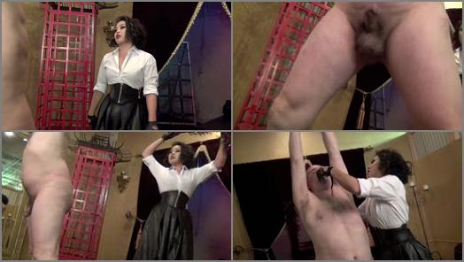 Asian Crulety  A CRUEL AND RUTHLESS BEATING  Starring Mistress An Li preview