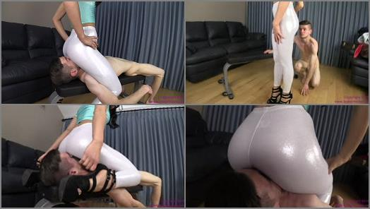 Ass Smother – Brat Princess 2 – Taylor – Sits on Dweebs Face and Extorts him for Bubble Gum