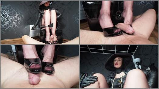 GERMAN FEMDOM Lady Victoria Valente  RPG Rich lady with hat tease  denial riding grop and heelsjob game preview