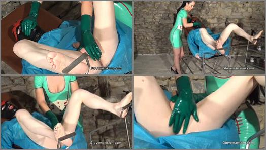 Glovemansion  Milked rubber addict preview