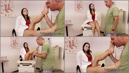 Foot Smelling - Kylie Rose Fetish – Dr. Toe Twinkle