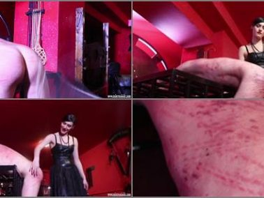 Extreme Corporal Punishme - Mistress Iside – A MASSACRE NO HOLDS BARRED