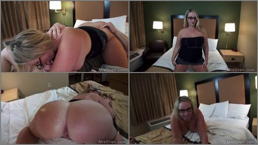 Mrs Siren  Wife Sits on Strangers Face  preview
