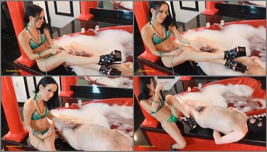 Bdsm – Play With Amai – Locked and In Lust With Goddess