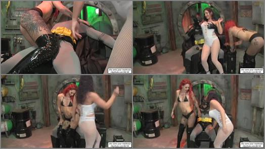 She Owns Your Manhood  GoGo Girls VS Batman   Sarah Diavola and Ariel Kay preview