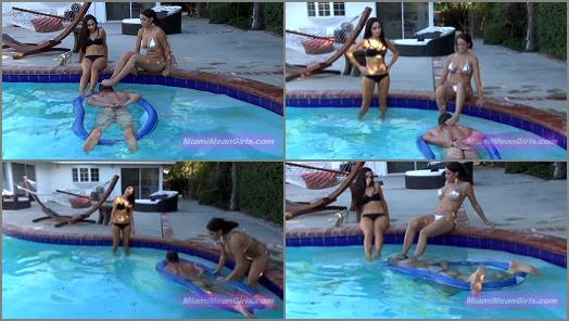 THE MEAN GIRLS  Underwater Foot Rest   Princess Bella and Princess Carmelap preview