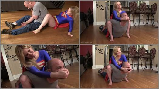 Torvea Customs  SuperGirl Fights   Jacquelyn Velvets  preview