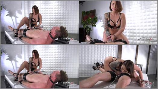VICIOUS FEMDOM EMPIRE  Caged Desires   Mistress Ivy  preview