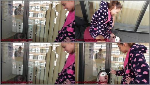 femdomuncut Store  Princess Amira and her human ashtray  preview