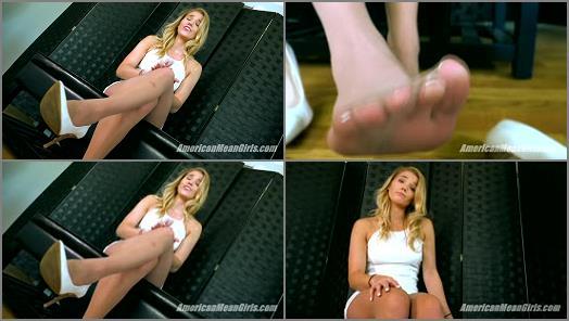 THE MEAN GIRLS P O V  Feet For A Good Boy   Princess Amber  preview