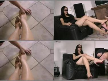 Submission - Goddess Leyla - Foot And Stilettos Worship