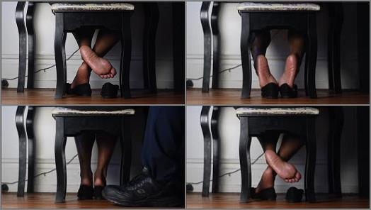Queen Veiny Feet  Work Shoe Play preview