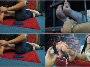 Foot tickling - Russian Fetish – Six long positions with hard tickling of Taisia's foot arches