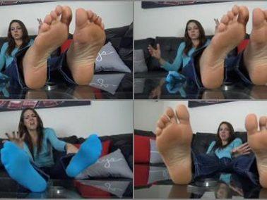 Socked feet - The Foot Fantasy - SADIE HOLMES SIZE 10 SWEATY and STINKY FEET