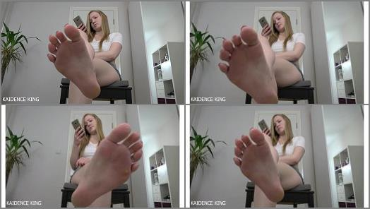 Kaidence King  Foot Fetish Ignore Humiliation preview