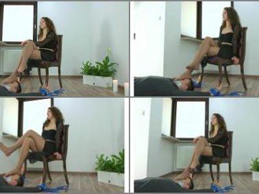 Pantyhose sniffing - Polish Mistress - Karolina - Strong Dancers Legs On Your Face