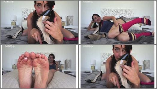 Stella Liberty  Sniffing Your Girlfriends Sisters Shoes preview