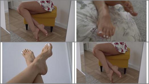 Emma Lovett  Worship My Feet 4K preview