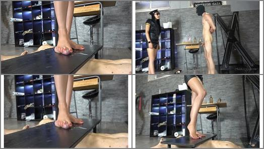 MISTRESS GAIA  BALLBUSTING SQUAD  preview
