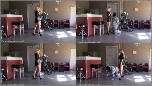 Mistress Courtneys Fetish Lair  Training a prisoner  preview