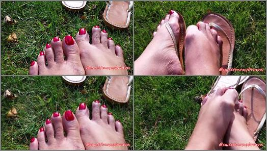 Moxy Brown  Outside with my Bare Feet preview