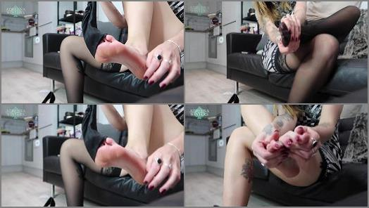 Adreena Winters  After Work Foot Love preview