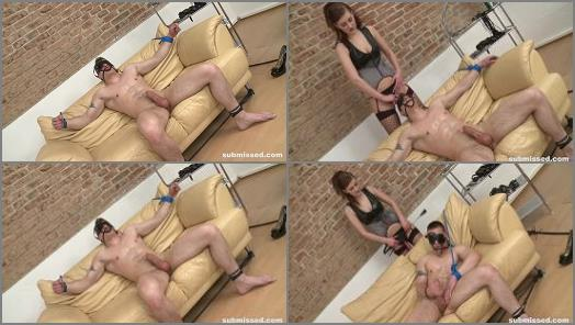 Submissed   Femdom Aneta  Lukas ass destroyed  preview