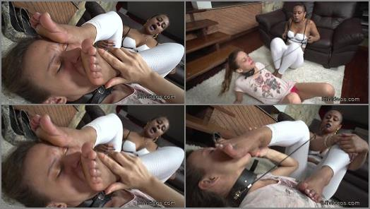 Bffvideos  Melissa First Time Under Angela Sweaty Feet Pt2 preview