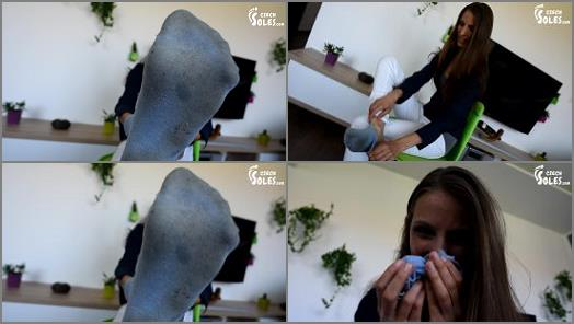 miss Eliska  Sock sniffing instructions preview