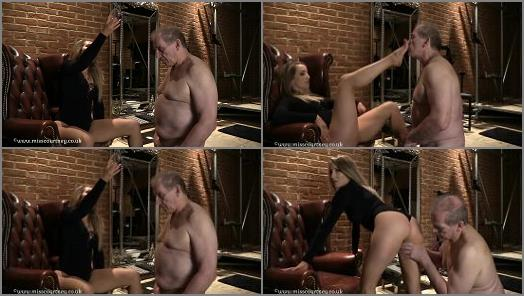 Mistress Courtneys Fetish Lair  Dont Waste That Cum  preview