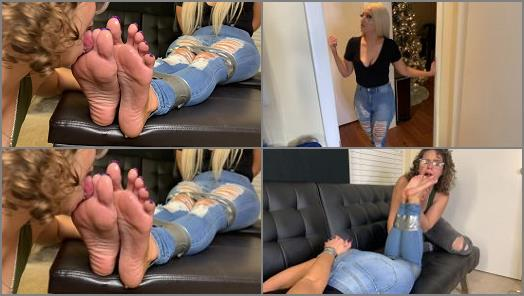 Britteni Feet  Bailey the Foot Bandit Roommate preview