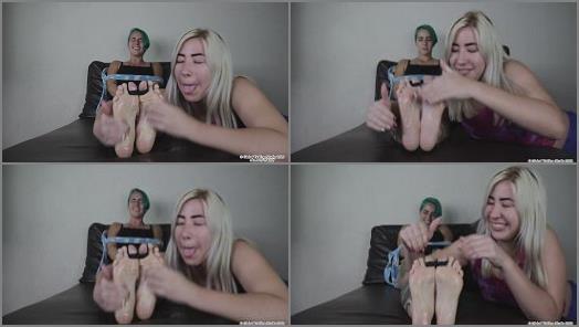 Tickling torture – Global Tickling Studio – Anna Gets Tickle Revenge on Isa's Bare Feet