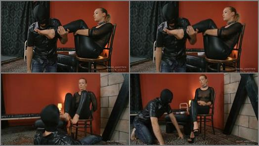 Cruel Anette  He Has To Swallow  preview