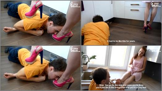 Czech Soles  Naughty plumber at her feet   Miss Megan  preview