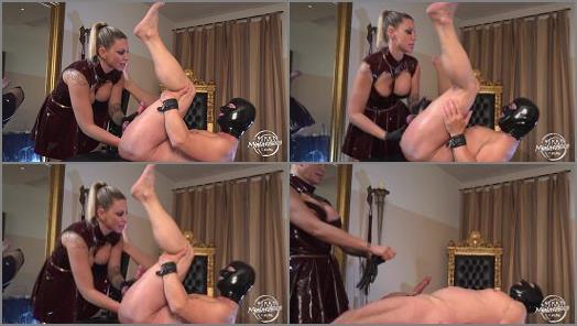 Anus – Kinky Mistresses – Fisted By Aurora Nia Noxx