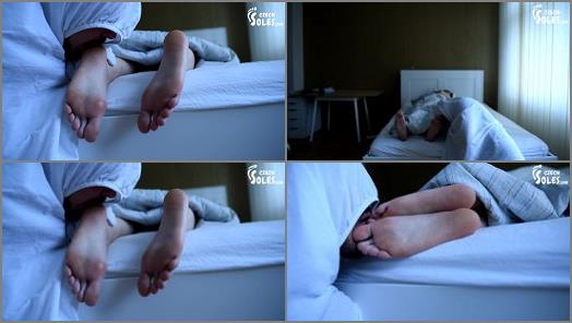 Czech Soles  Foot fetish goblin lusts for her bare feet   Dita  preview