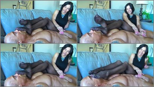 Goddess Zephy  My Smelly Nylons Are Better Than Sex For You Loser  preview