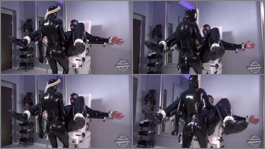 Kinky Mistress  Femdom Latex Lara fuck her man with strapon  preview