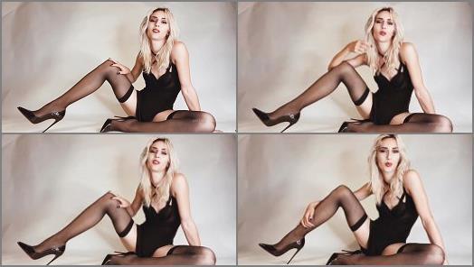 Cei Encouragement – Mistress Euryale starring in video 'Cum cubes bitch'