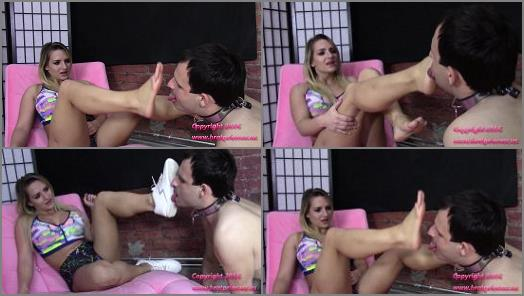 Brat Princess 2  Princess Cali  Cuck Licks Dirty Gym Sneakers and Sweaty Feet preview
