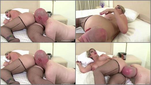 Ass Sniffing – Club Stiletto Femdom – Sniff all My Farts while I sleep –  Goddess Kelli