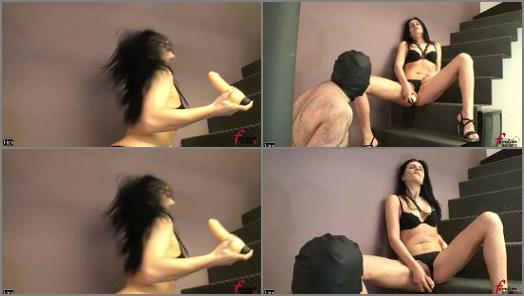 Slave Training – Female Domination HD – Playing with my Great Cock –  Mistress Soraya