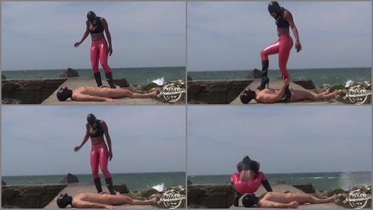 K2s – Kinky Mistresses – Boot Fun on The Beach –  Kinky Rio Lady