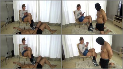 Femdom – chicks-vs-balls – HOW PATHETIC ARE YOU –  Sophie Holmes