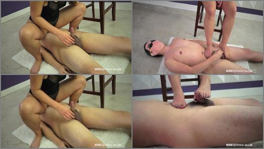 Foot Licking – Astro Domina – Foot Job In My Lair